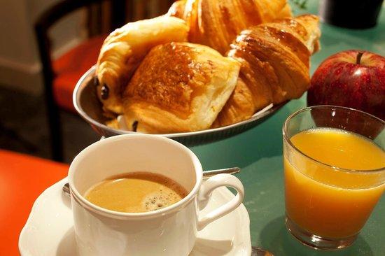 Hotel Eiffel Turenne: Petit-dejeuner