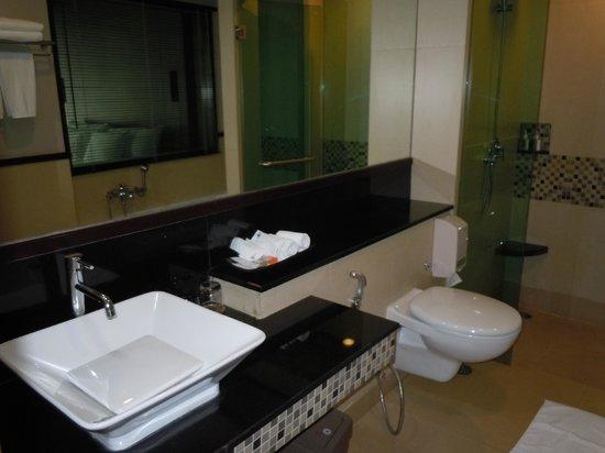 Tara Mantra Cha Am: salle de bains