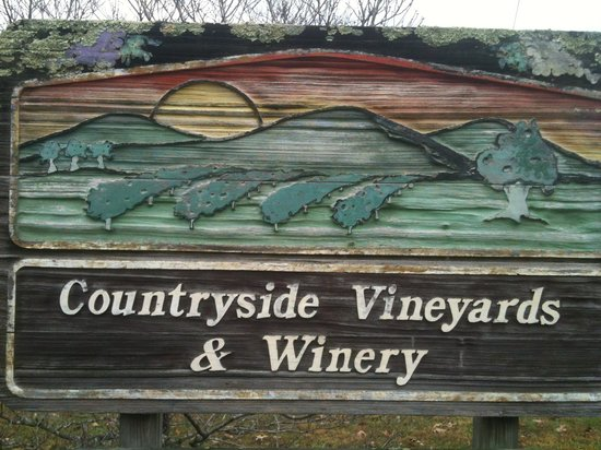 Countryside Vineyards & Winery:                   Sign
