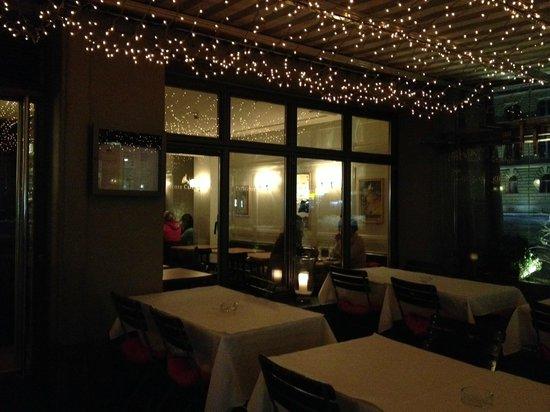 Entrecote Cafe Federal : Outside veranda