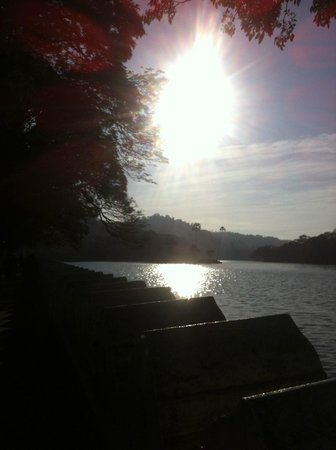 Queens Hotel Kandy:                   Opposite the hotel is the beautiful Lake Kandy