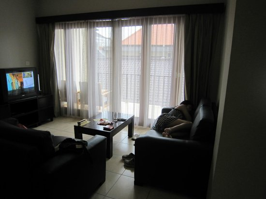Kuta Town House Apartments:                   2bed room