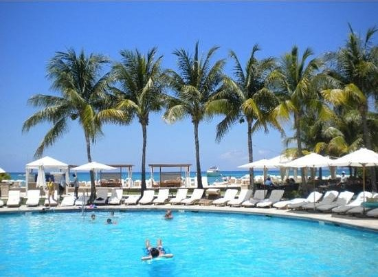 The Ritz-Carlton, Grand Cayman:                   the pool and ocean