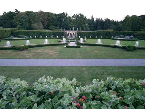 Longwood Gardens:                   The fountain from a distance