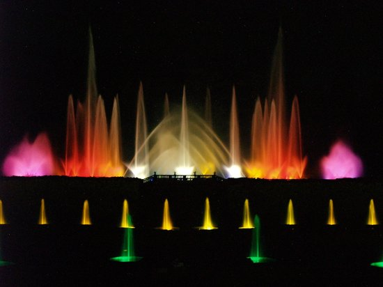 Longwood Gardens:                   Magic fountain