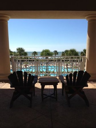Myrtle Beach Marriott Resort & Spa at Grande Dunes:                   so relaxing in a busy city