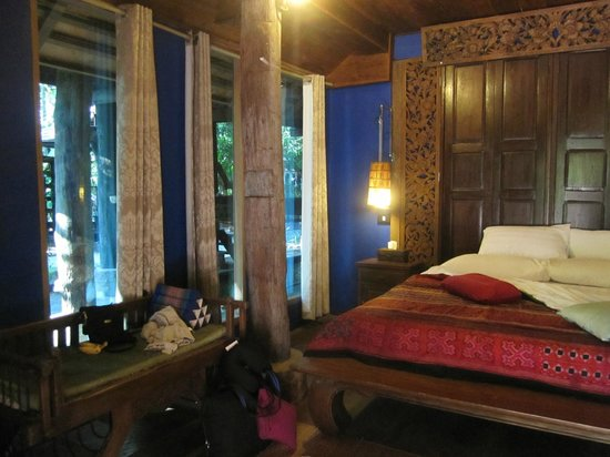 BaanBooLOo Village:                   Executive Suite Lanna Artisian Room