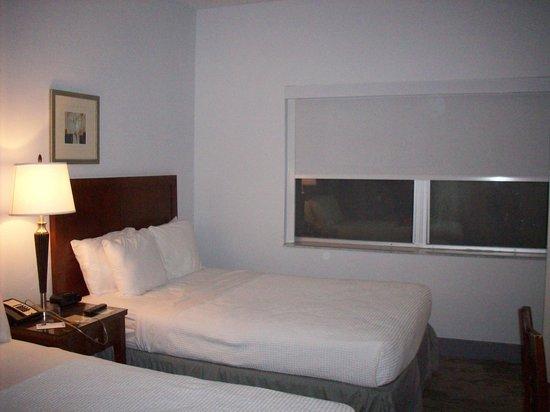 Marseilles Hotel: un antra angolazione della camera