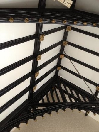 Clontarf Castle Hotel:                   roof beams