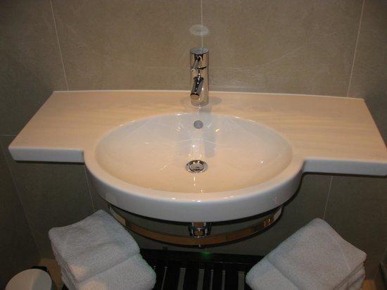 Hotel Indigo Glasgow: Sink