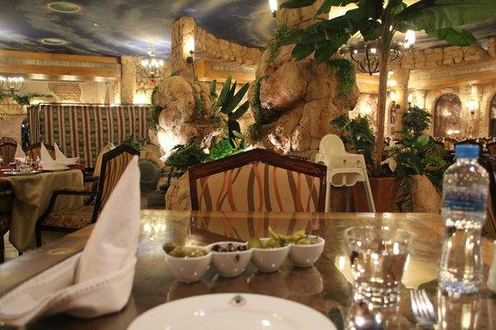 Al Meshwar Restaurant: nice place