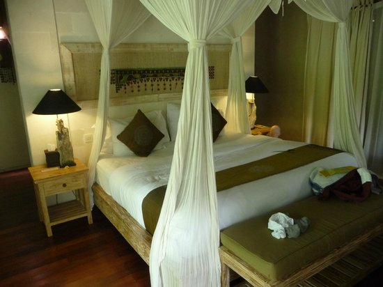 Puri Sunia Resort:                   Bed