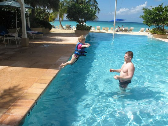 Caribbean Club Luxury Boutique Hotel: Family fun