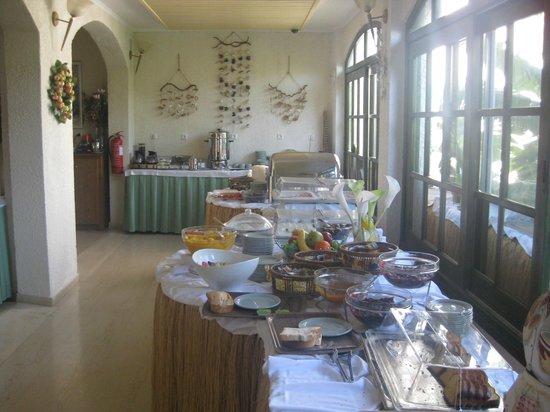 Hydrele Beach Hotel & Village: breakfast buffet