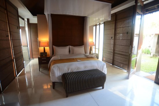 The Kayana Bali: bedroom