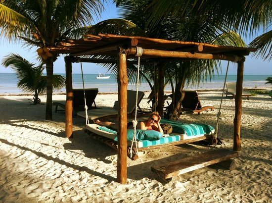 Holbox Hotel Mawimbi:                   First day on the beach