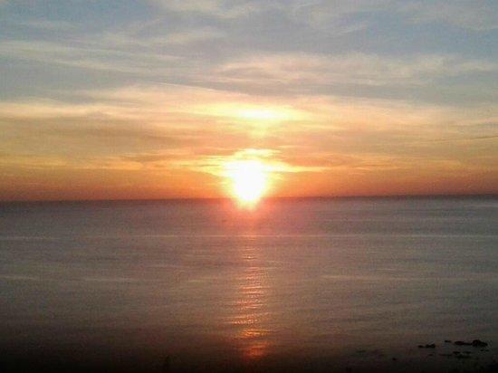 Ibis Moussafir Fnideq:                   Sunrise view from room