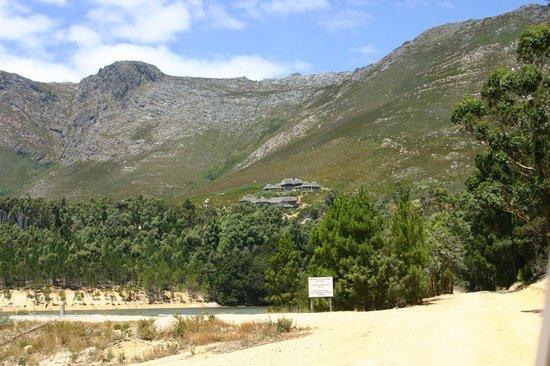 Bezweni Lodge Zufahrt