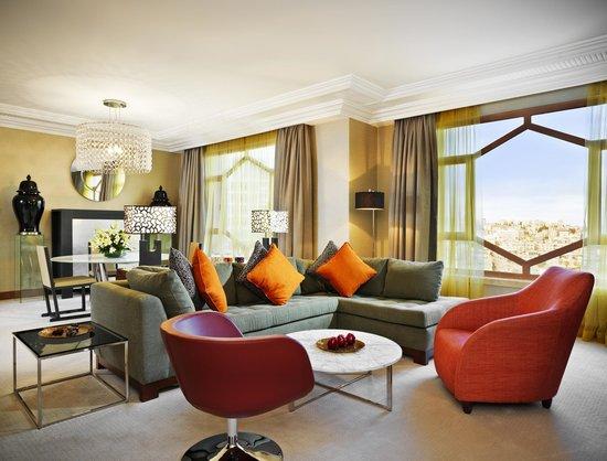 Grand Hyatt Amman: Grand Executive Suite - Living Room