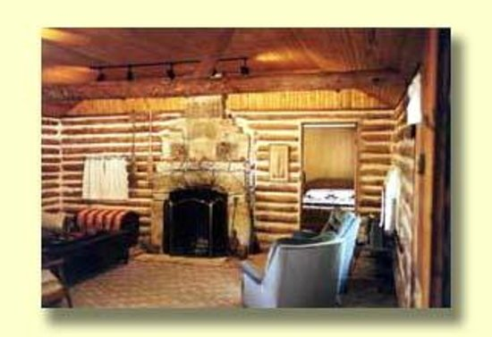 Shell Knob, Миссури: Cozy Cabin & Fireplace