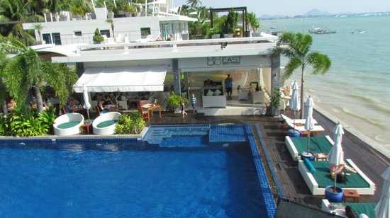 Serenity Resort & Residences Phuket:                                     88 east - perfect dining place