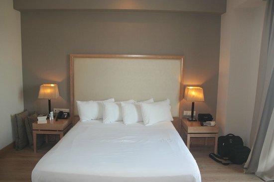 Limneon Resort & Spa:                   Room in Limneon Golden