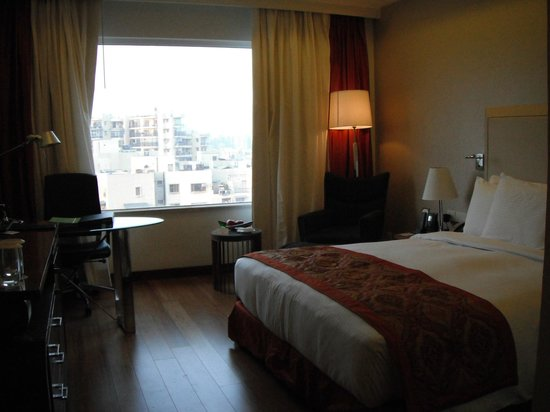 DoubleTree by Hilton Gurgaon-New Delhi NCR:                   Room 405