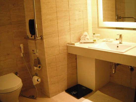 DoubleTree by Hilton Gurgaon-New Delhi NCR:                   amenities include a make-up mirror, scales, toothbrushes