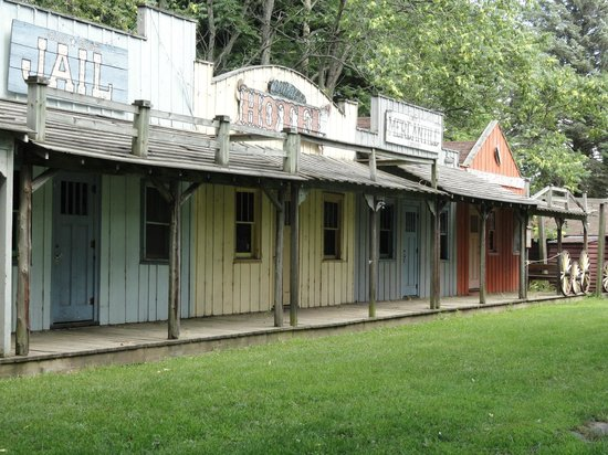 Double JJ Ranch & Golf Resort: Old Abandon Ghost Town