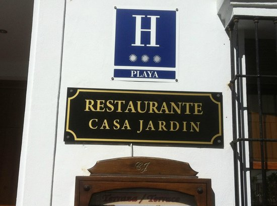 Casa jardin nerja restaurant reviews phone number for Casa jardin nerja