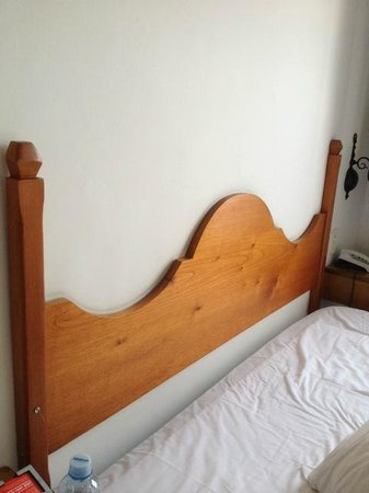 Pousada Porto Imperial:                   bed headboard