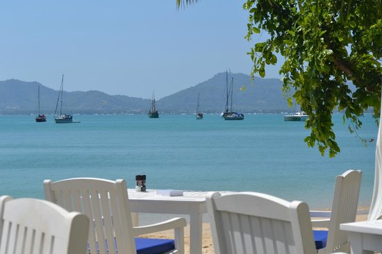 Panwa Boutique Beach Resort:                   View from Coco Beach Restaurant