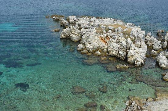 Kassiopi:                   Камни