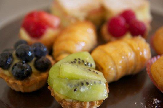 The St. Regis Rome:                   Pastries
