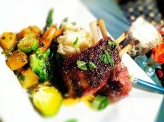Parker House Inn and Restaurant : Rack of Lamb
