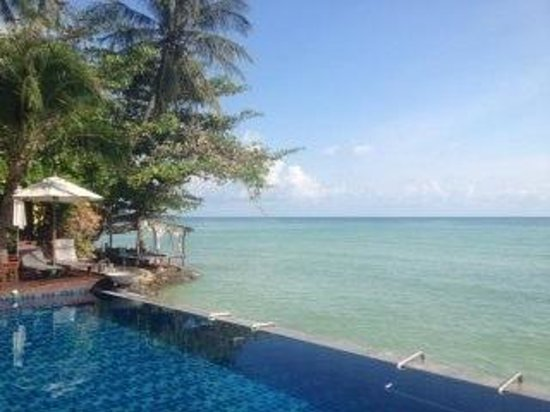 Baan Haad Ngam Boutique Resort & Villas:                   sea front