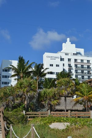 Courtyard Cadillac Miami Beach/Oceanfront: From the beach
