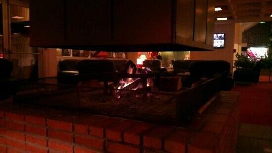 Gran Carlina :                   magnifique cheminé