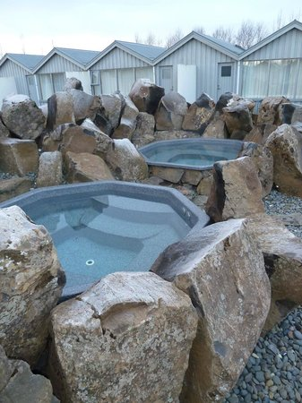 Icelandair Hotel Fludir: The amazing hot tubs