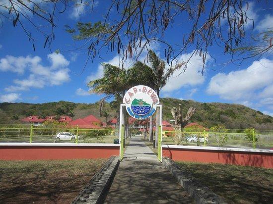 Cap Reva:                   L'entrée piéton