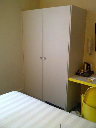 BEST WESTERN Grand Hotel Francais : La chambre