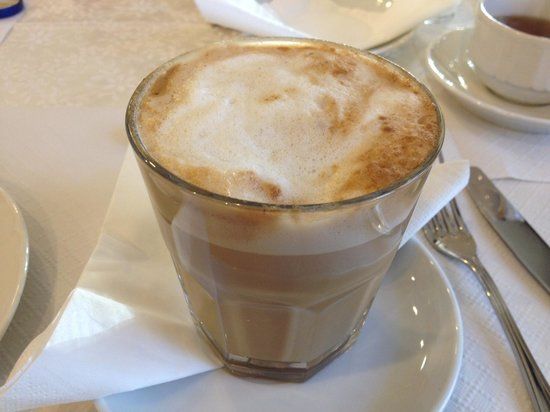 Hotel Alaska Cortina:                   morning latte just like Starbucks :)