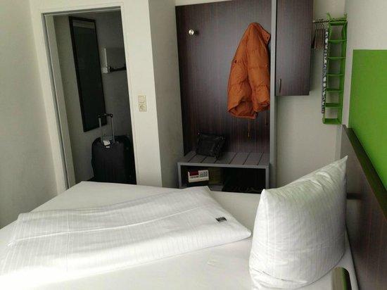 Hotel Metropol:                   Mein Einzelzimmer