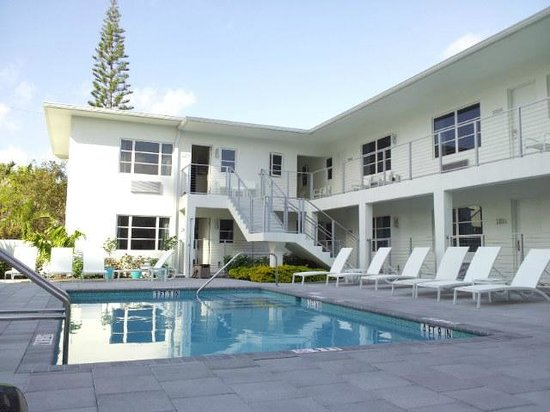 The Aqua Hotel:                   Aqua
