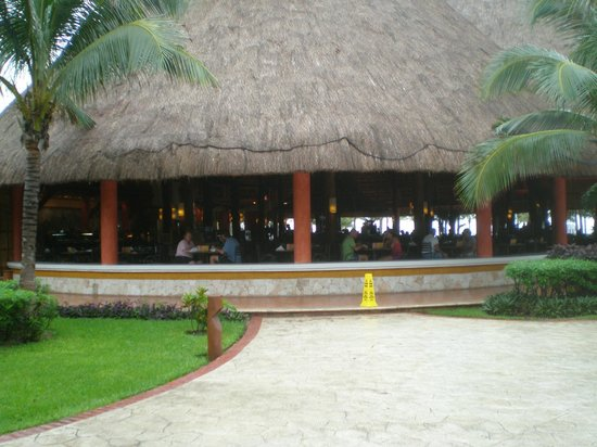 Barcelo Maya Tropical: ristorante lunch tropical