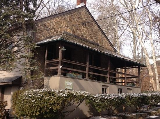 Stockton Inn:                                     carriage house