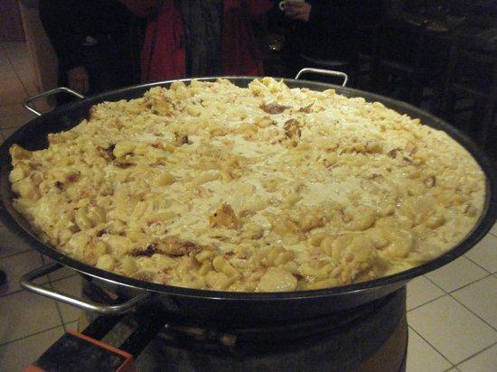Les Tilleuls :                                     Bon appétit!!!