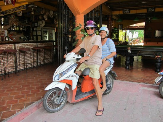 Eden Bungalows :                   Le scooter est idéal pour parcourir Koh Samui