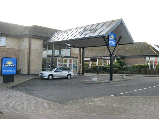 Days Inn Peterborough: Entrance