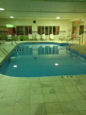 Fairfield Inn & Suites Sandusky: pool